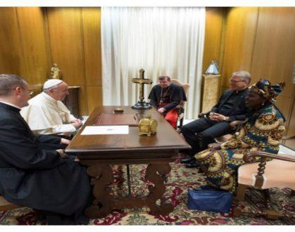 NOTICIA [ El Papa se Reúne en Privado con el Consejo Mundial de Iglesias para discutir la Unidad ]
